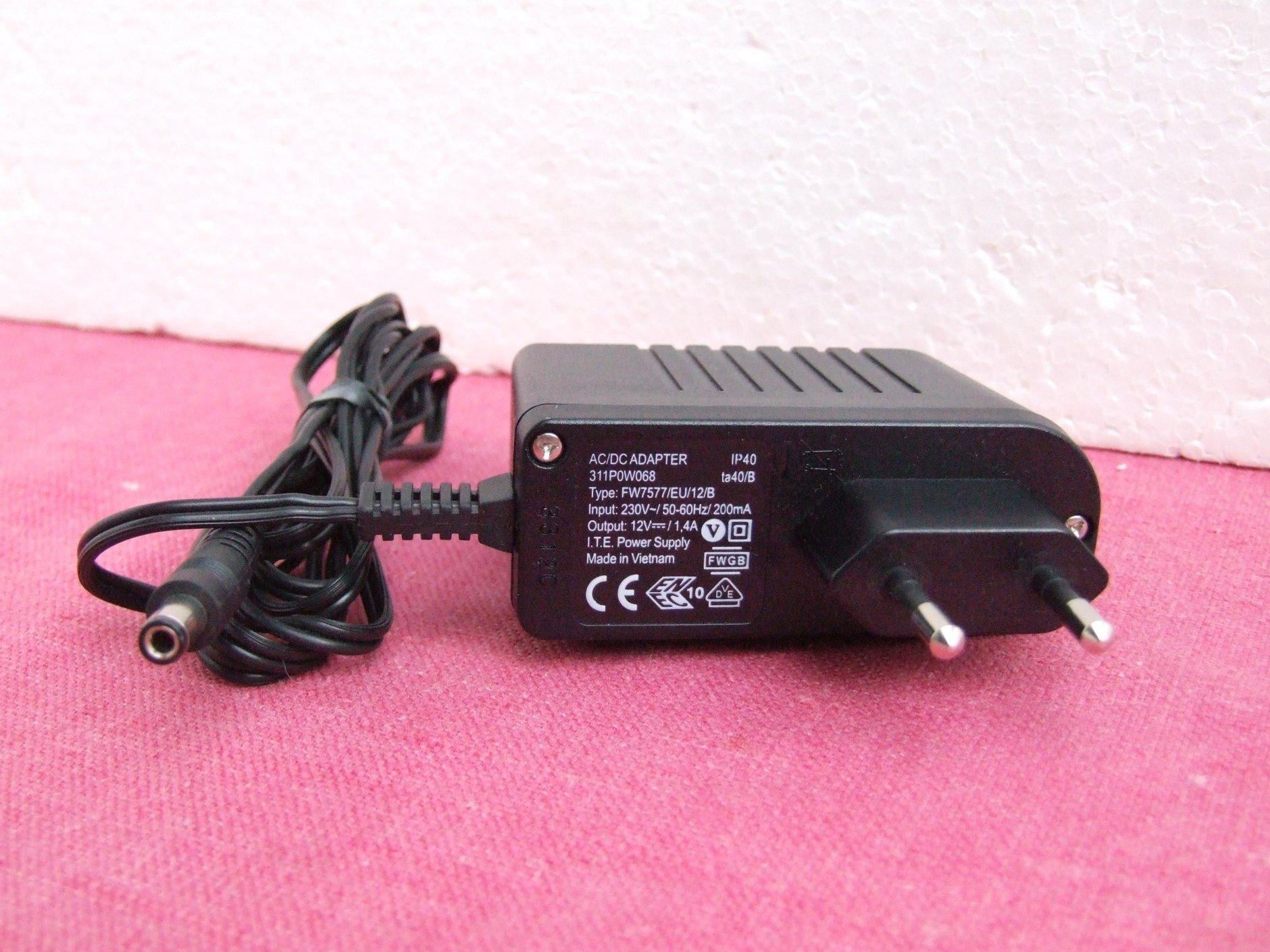 Original Netzteil AVM 12V 1,4A  zu FRITZ!Box 3170 7170 7270 7050 7141 3270 3131
