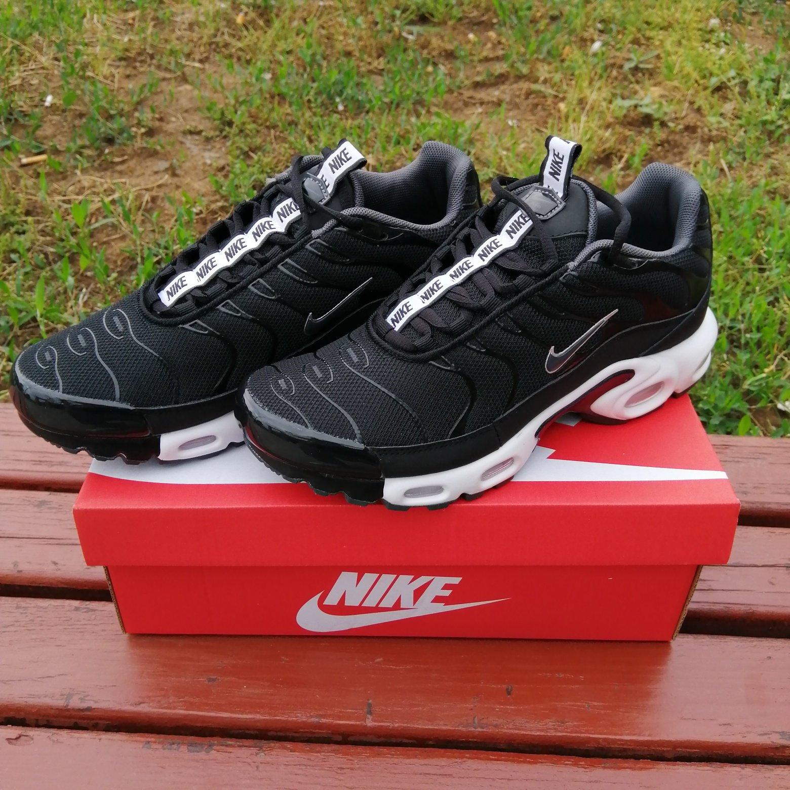 Nike Air Max Plus   Nike air max plus, Nike air max, Air